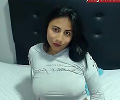 Hot Indian cam engrave on www.JuicyGirlCams.com