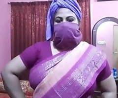 Desi aunty sex talk, Didi trains be incumbent on X bonking